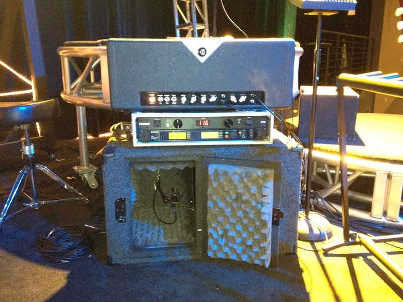 Guest Post: How to Use Amps and Iso Cabs on Stage (3/4)